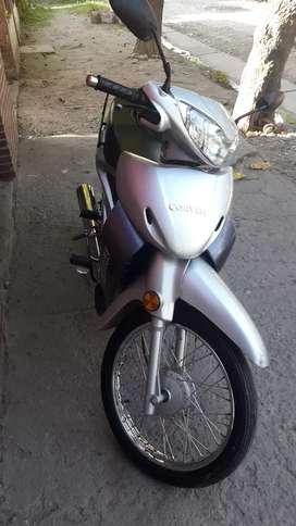 Motocicleta corven