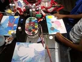Clases de arte para niños y toda edad, desarrollo de la creatividad y técnicas de arte.