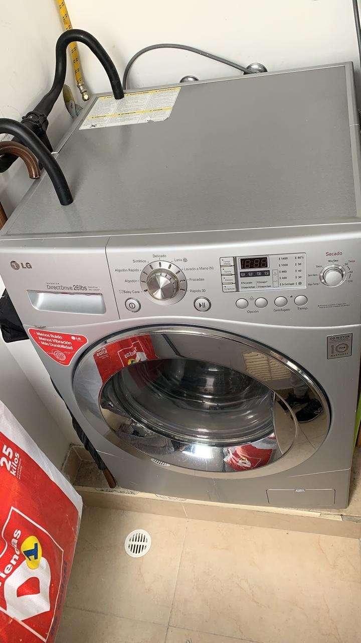 Lavadora - secadora LG 0