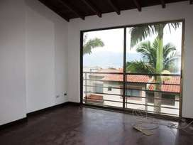 Casa Residencial en Arriendo Envigado loma el Chocho. Cod PR8948