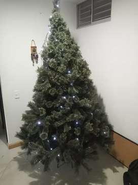 Venta de árbol navideño