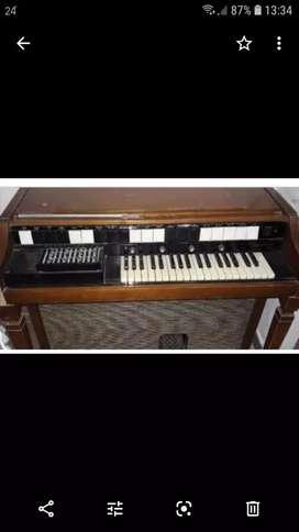 Organo- piano...antiguo