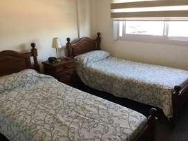 Juego de dormitorio de algarrobo completo