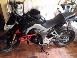 MOTO HONDA CB-R 190