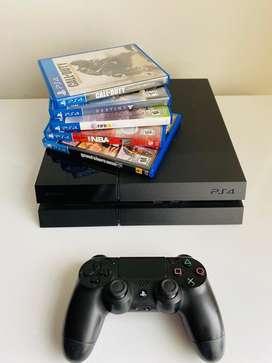 Playstation 4 con 5 Juegos incluidos