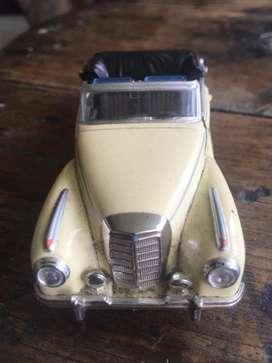 Carro de coleccion mercedes benz 3008 1955