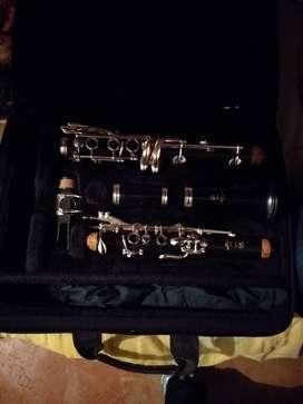 Clarinete varato