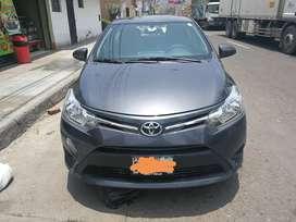 Vendo Toyota Yaris 2017 full Dual GNV