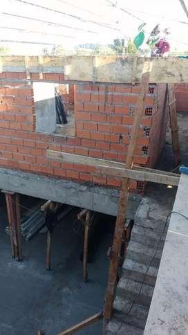 Albañilerias y reforma colocaciones ceramica menvrAna cimiento reparaciones techos filtraciones carpetas