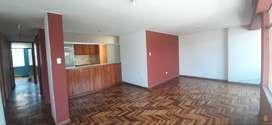 Soluciones Inmobiliaria Alquila Dpto cerca AV. Ejercito Cayma.