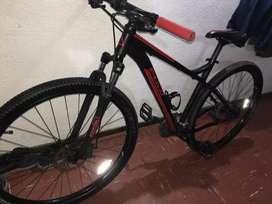 Vendo o permuto bicicleta fuji rod.29