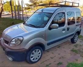 Vendo Renault Kangoo Auth Plus Año 2013. Full Nafta 1.6.