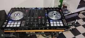 Se vende equipo de sonido y consola