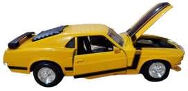 Ford Mustang Boss 302 (1970) Escala 1:24, 21 Centímetro de Largo, Metálico, Maisto