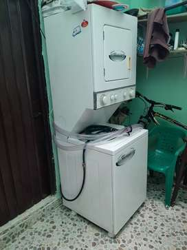 Lavadora-secadora Whirlpool