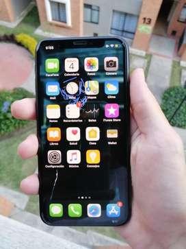 HERMOSO IPHONE X DE 64GB SIN DETALLES ESTA 10/10 NO TIENE DETALLES ACEPTO CAMBIO