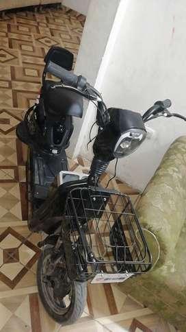 Vendo o cambio moto eléctrica
