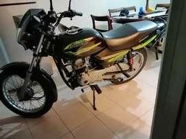 Moto bóxer 100
