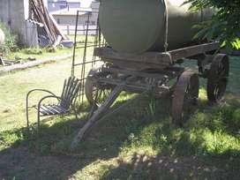 Cisterna de 3500 lts,montado sobre chassis de lapacho ANTIGUO