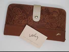 Biletera de cuero, marca Velez