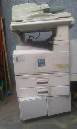 Fotocopiadora Ricoh 2035 aficio ( NO FUNCIONA )