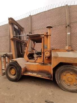 Montacarga taylor machine work de 10 tn