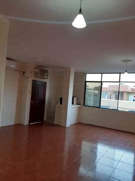 Renta departamento de 3 habitaciones