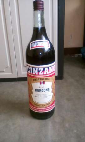 vendo botella de vino grande de 5 litro