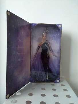 Barbie Collector Avon Bob Mackie