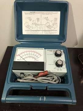Analizador y multimetro Heathkit tune up meter.para encendido por platinos. motores desde 2 hta 8 cilindros ,portatil