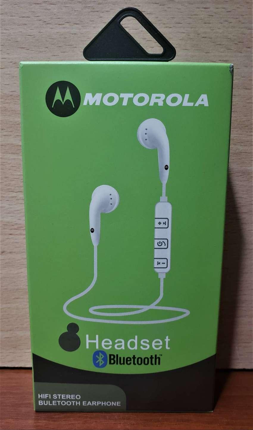 MOTOROLA  Headset Bluetooth Inalambrico  Universal HIFI STEREO