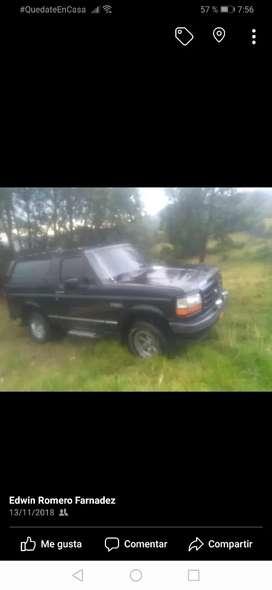 Venpermuto ford bronco xlt modelo 94 a gas y gasolina