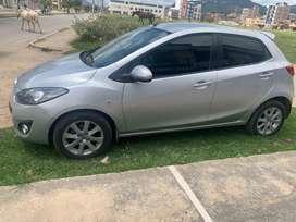 Mazda 2, 2015 FULL EQUIPO
