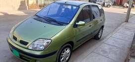 VENDO UN AUTO RENAULT SCENIC PRIVILEGIO 2001