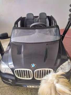 Vendo carro eléctrico para niños