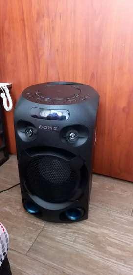 Torre de sonido sony mhc v02 cpmo nueva con bluetooh usb cd luces aux y otras mas