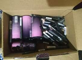 Vendo Lote de Maquillaje Americano con Certificado de Importación