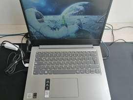 portátil Lenovo s145 con Intel(R) Core(TM) i5-1035G4 con gráficos integrados, 12gb ram, 256gb ssd y 1tb hdd. 12gb de ram