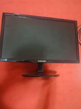 """Monitor Samsung LED 19"""" SA300"""