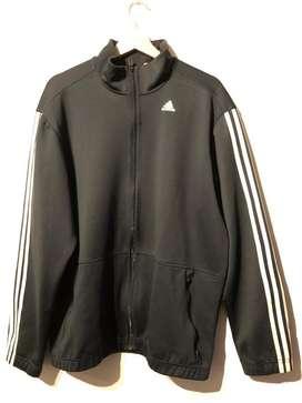 Vendo campera Adidas