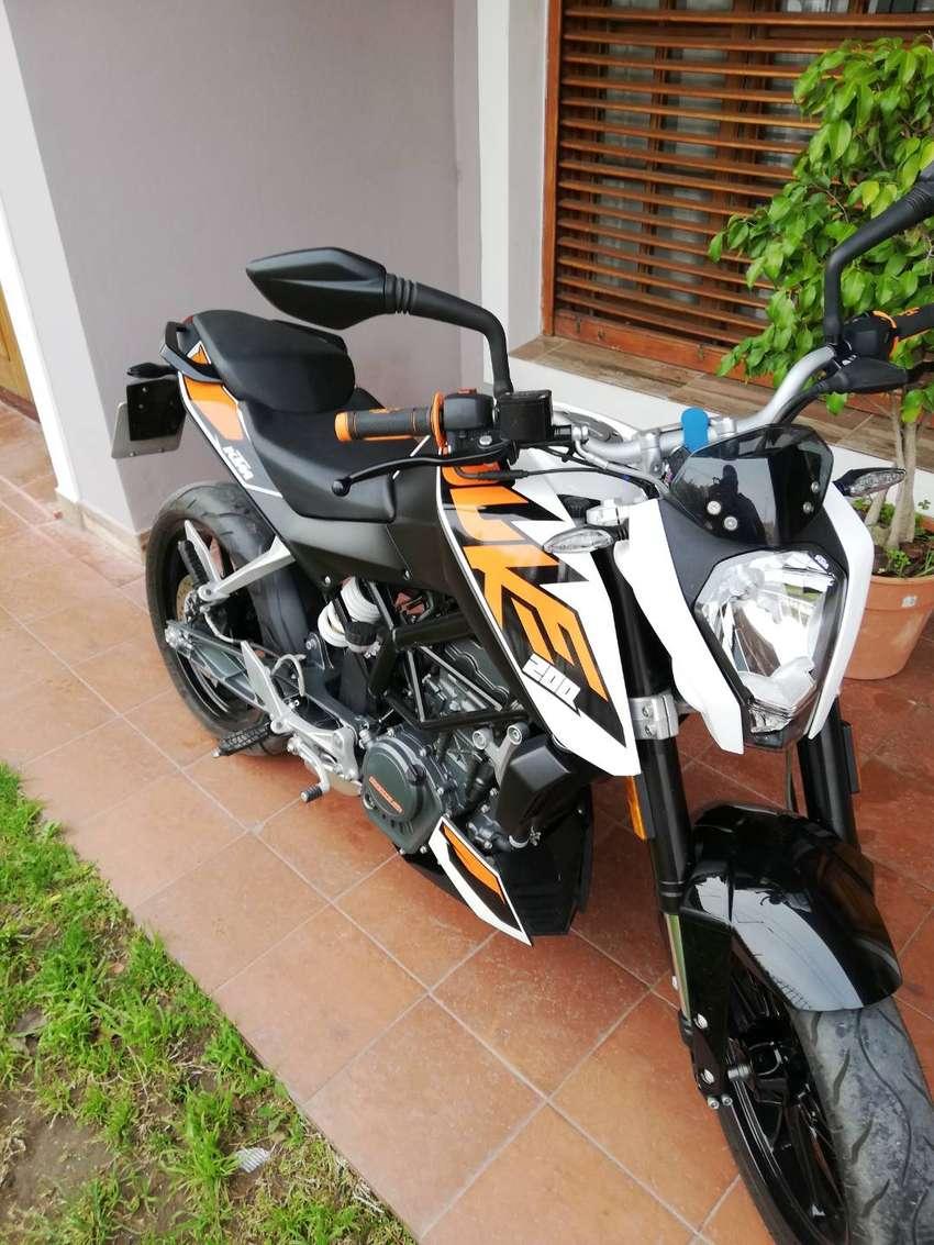 Vendo KTM DUKE 200 DIGNA DE VER 0