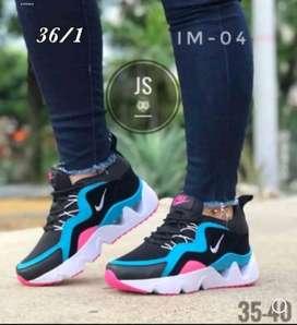 Hermoso calzado deportivo
