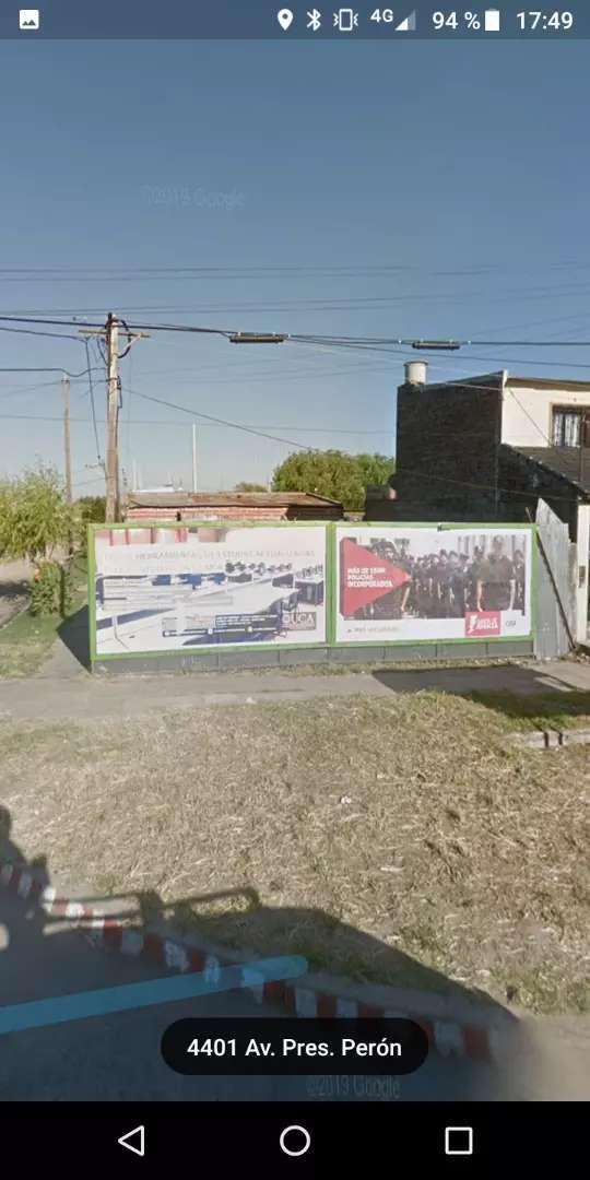 Vendo exelente terreno en santa fe capital barrio barranquita sobre la avenida presidente Perón y Córdoba tiren oferta ? 0