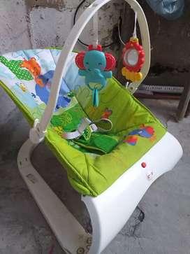 Vendo mesedor vibrador de bebé