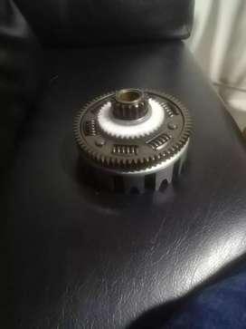 Piñon de bomba de aceite xt 600