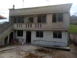 Se vende una casa de 2 pisos en la parroquia de Atahualpa provincia de Pichincha