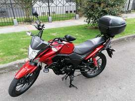 Sé vende moto Honda... Còmo nueva