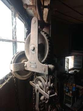Cabrestante con reductor  3 TN c/cadenas