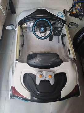 Vendo carro  para  niño electrico
