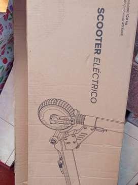 Vendo scooter eléctrico nuevo.